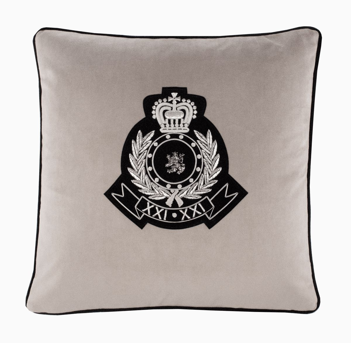 Medusa II cushion with heraldic crest.