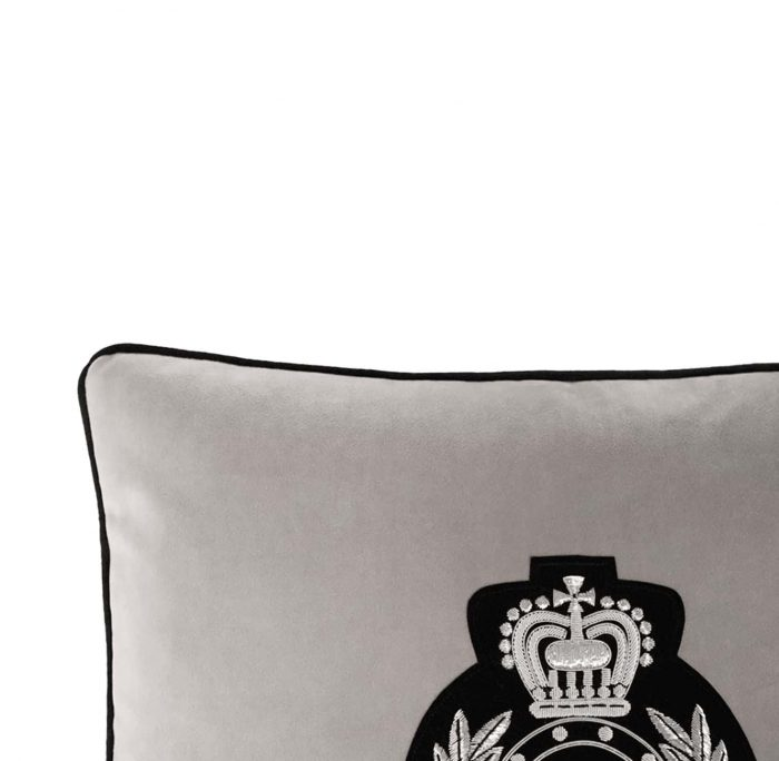 Medusa II Cushion Edge