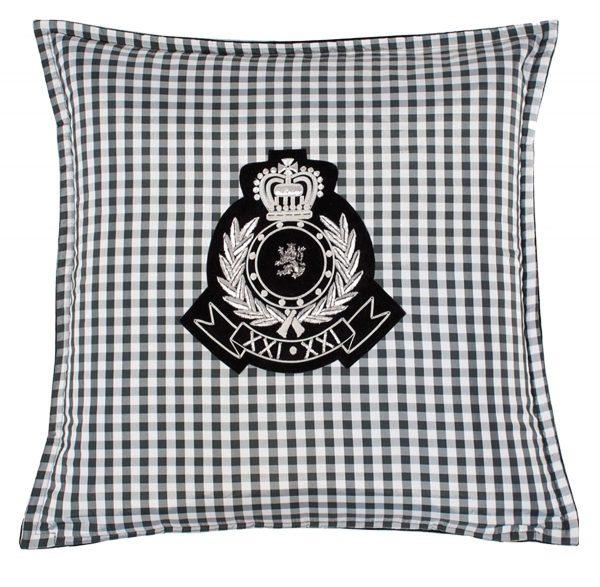 Medusa V Cushion FRont