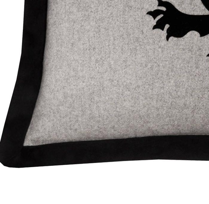 Oriania I Cushion Edge
