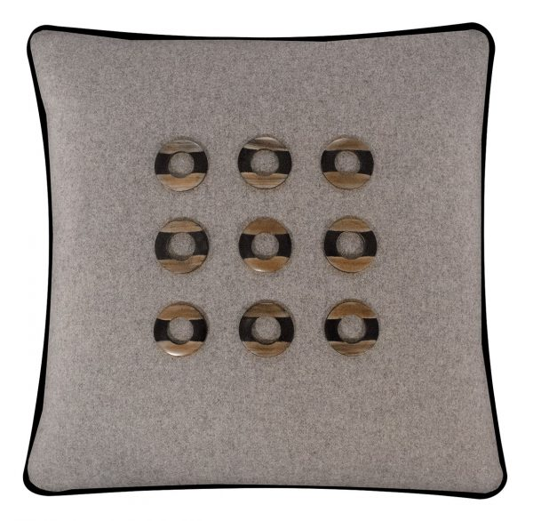 Salvatrix I Cushion Front