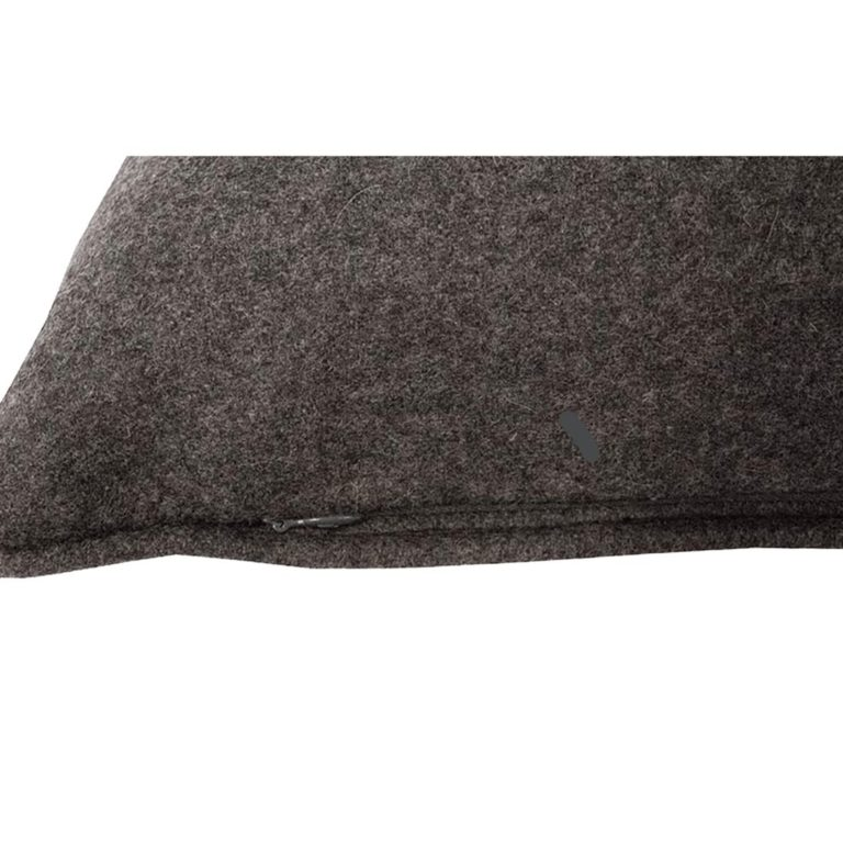 Salvatrix II Cushion Zip