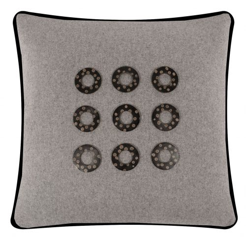 Salvatrix III Cushion Front