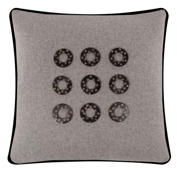 Salvatrix III Cushion Front