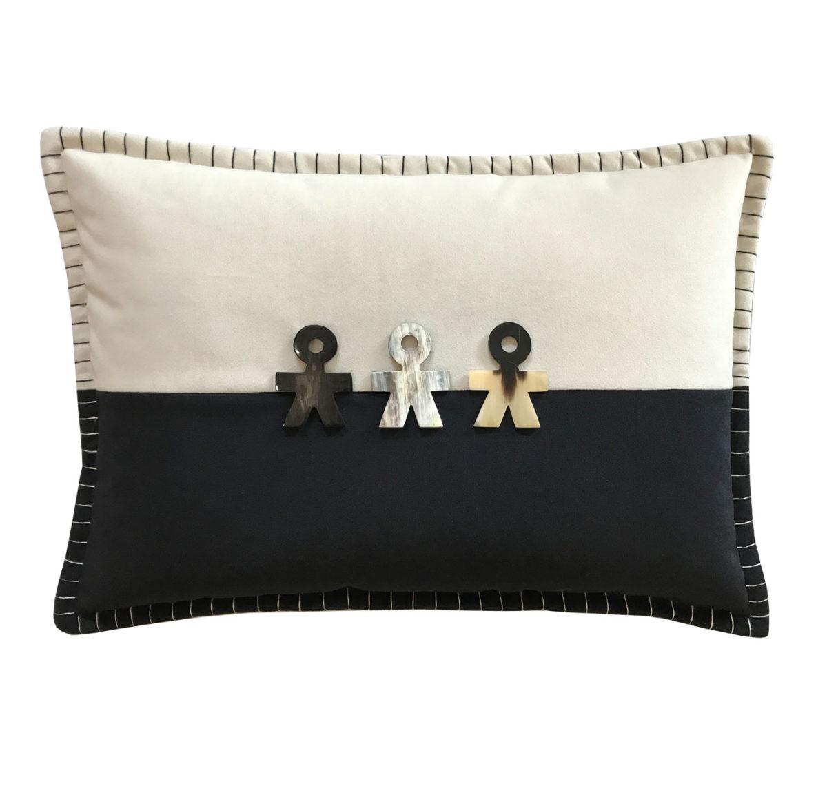 Aeneas Cushion Front
