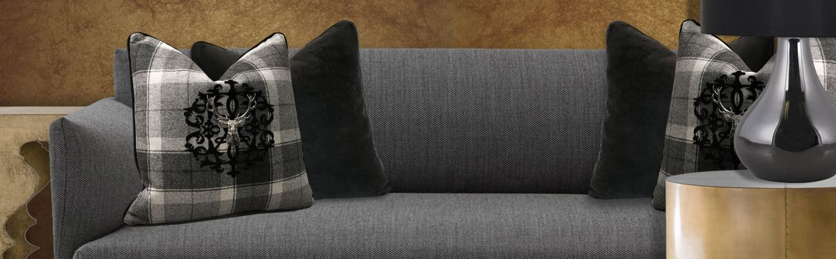 How To Use Throw Pillows To Create Accent In Your Home Cool How To Use Decorative Pillows